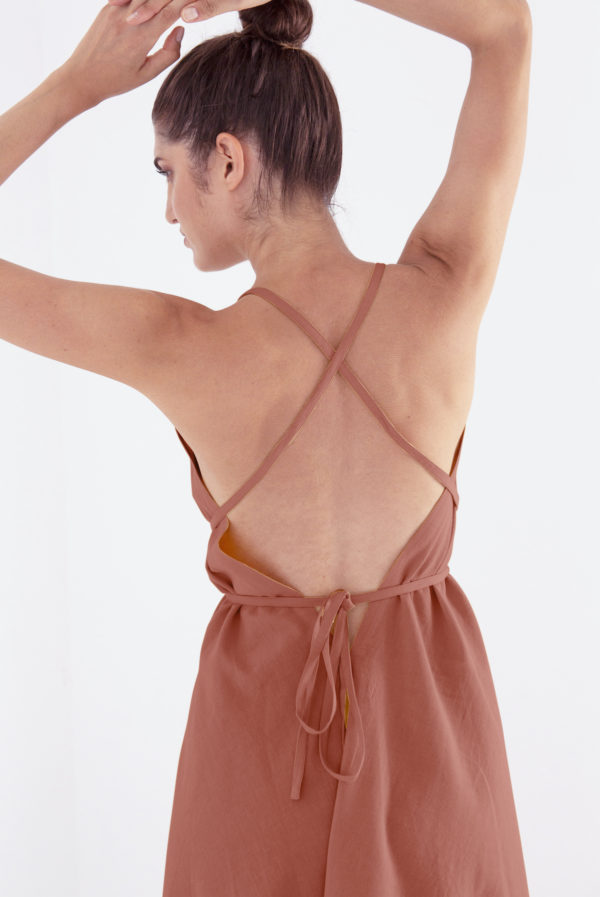 Suite13 Kleid Daphne Brandy mit Leinen kurz