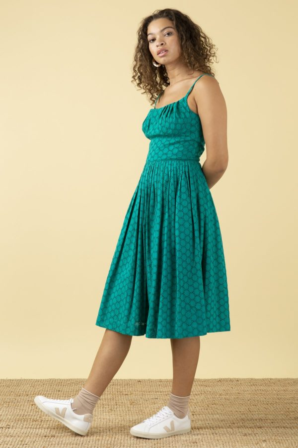 Emily and Fin Kleid Enid Jade